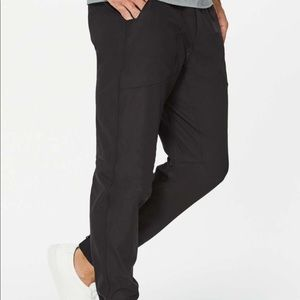 Lululemon black b spoke jogger casual pants 32